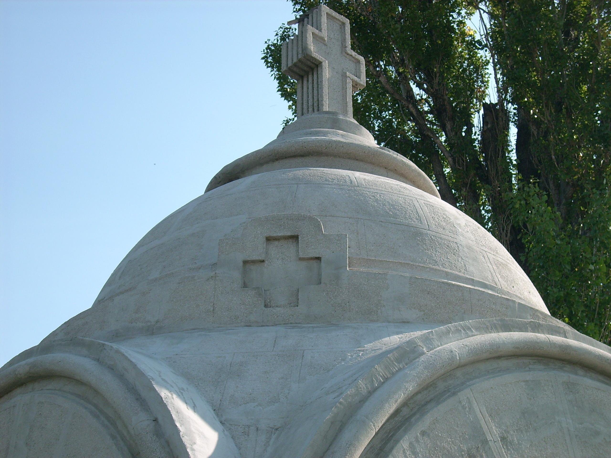 Aplicarea tratamentelor de impermeabilizare - Monument funerar UNICO PROFIT - Poza 8