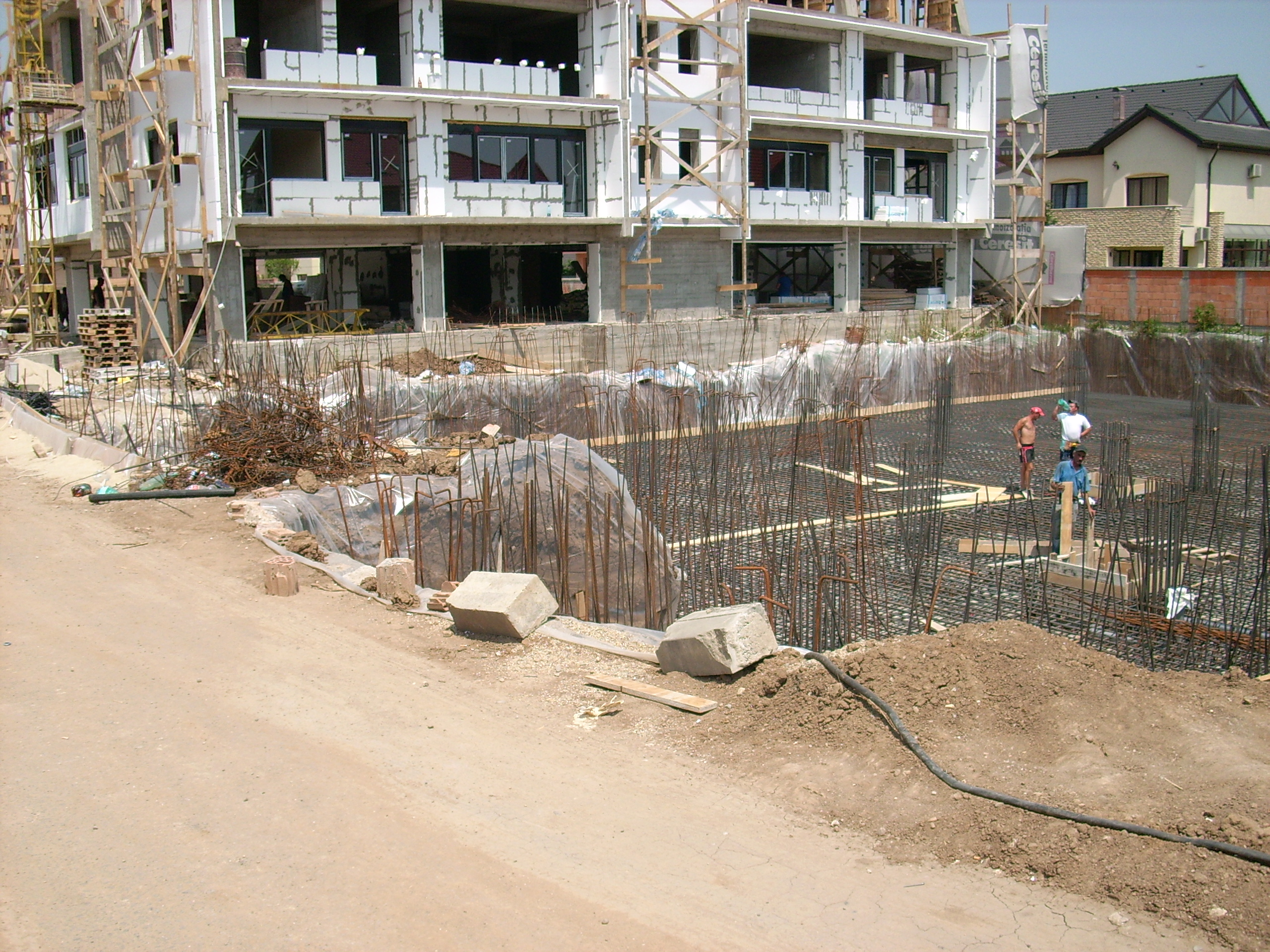 Aditiv in beton - Ansamblu rezidential - Str Erou Iancu Nicolae UNICO PROFIT - Poza 12