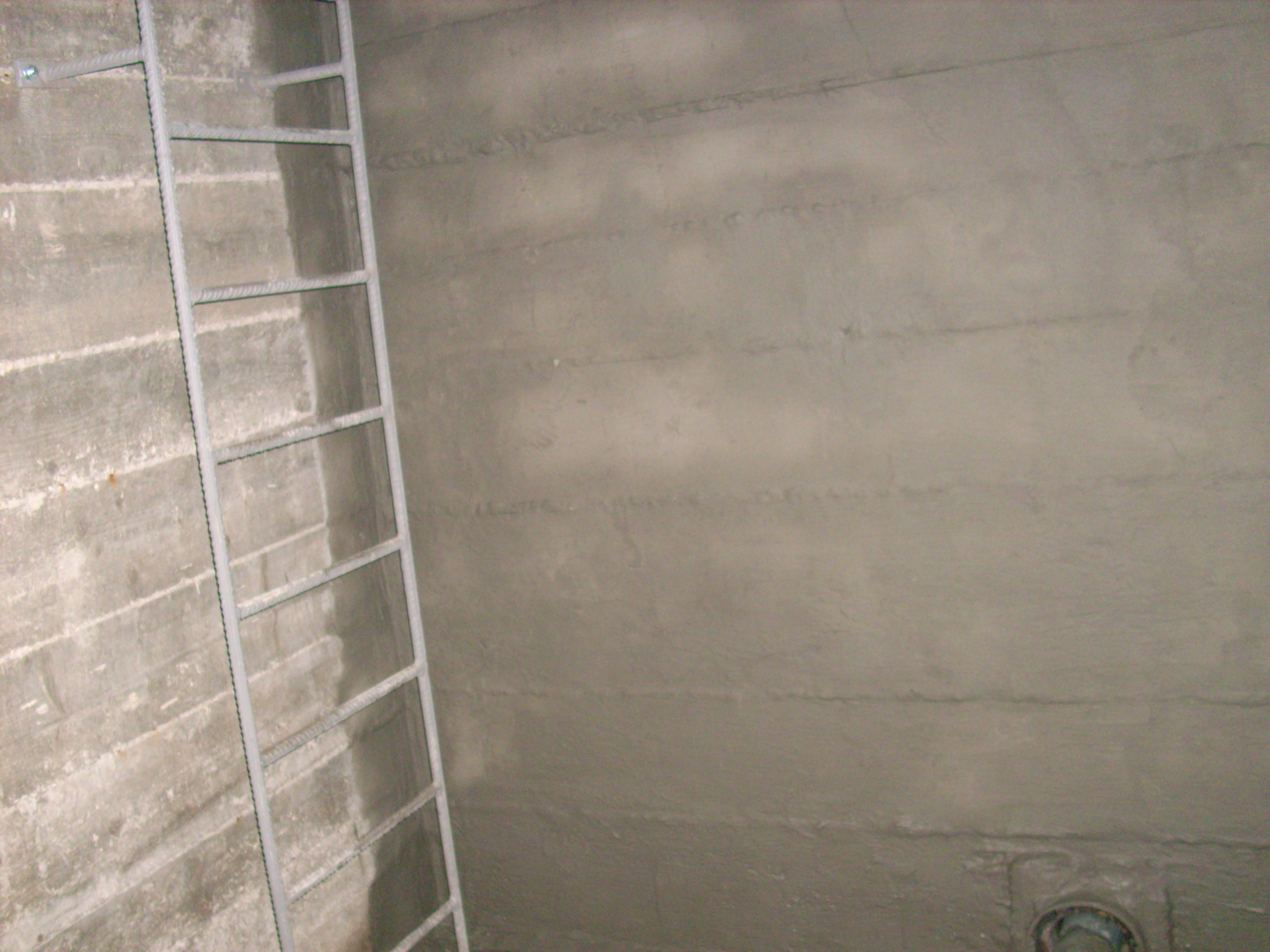 Aplicarea tratamentelor de impermeabilizare - BALCOVI - Bazin apa - Nissan - Tunari UNICO PROFIT - Poza 15