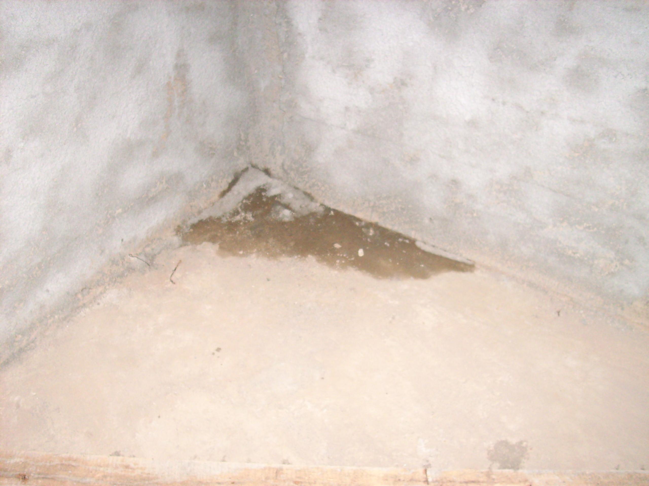 Aplicarea tratamentelor de impermeabilizare - Vila Rosu UNICO PROFIT - Poza 7