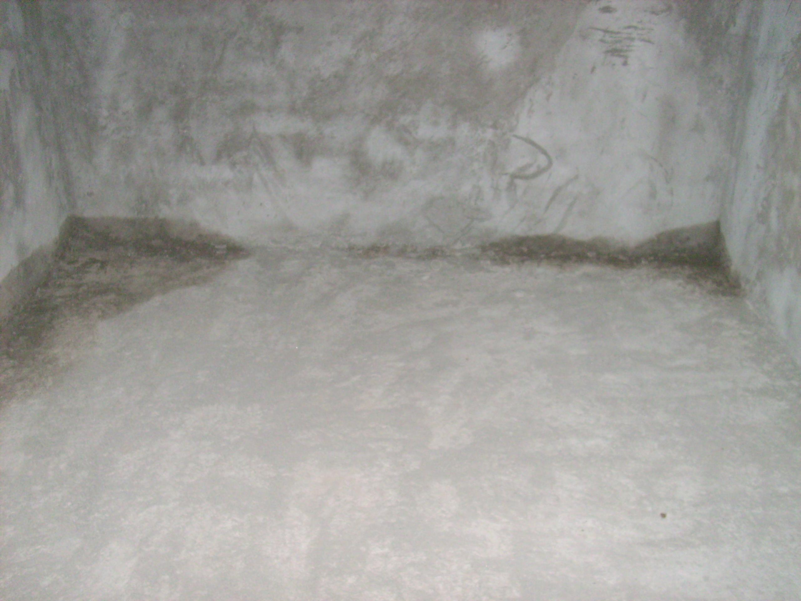 Aplicarea tratamentelor de impermeabilizare - Vila Rosu UNICO PROFIT - Poza 15