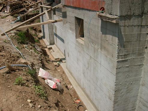 Lucrari, proiecte Aplicarea tratamentelor de impermeabilizare - Vila Rosu UNICO PROFIT - Poza 16
