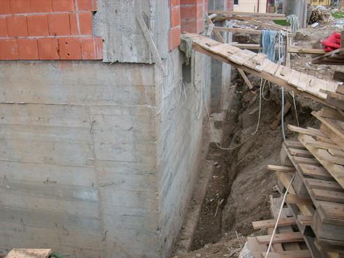 Lucrari, proiecte Aplicarea tratamentelor de impermeabilizare - Vila Rosu UNICO PROFIT - Poza 50
