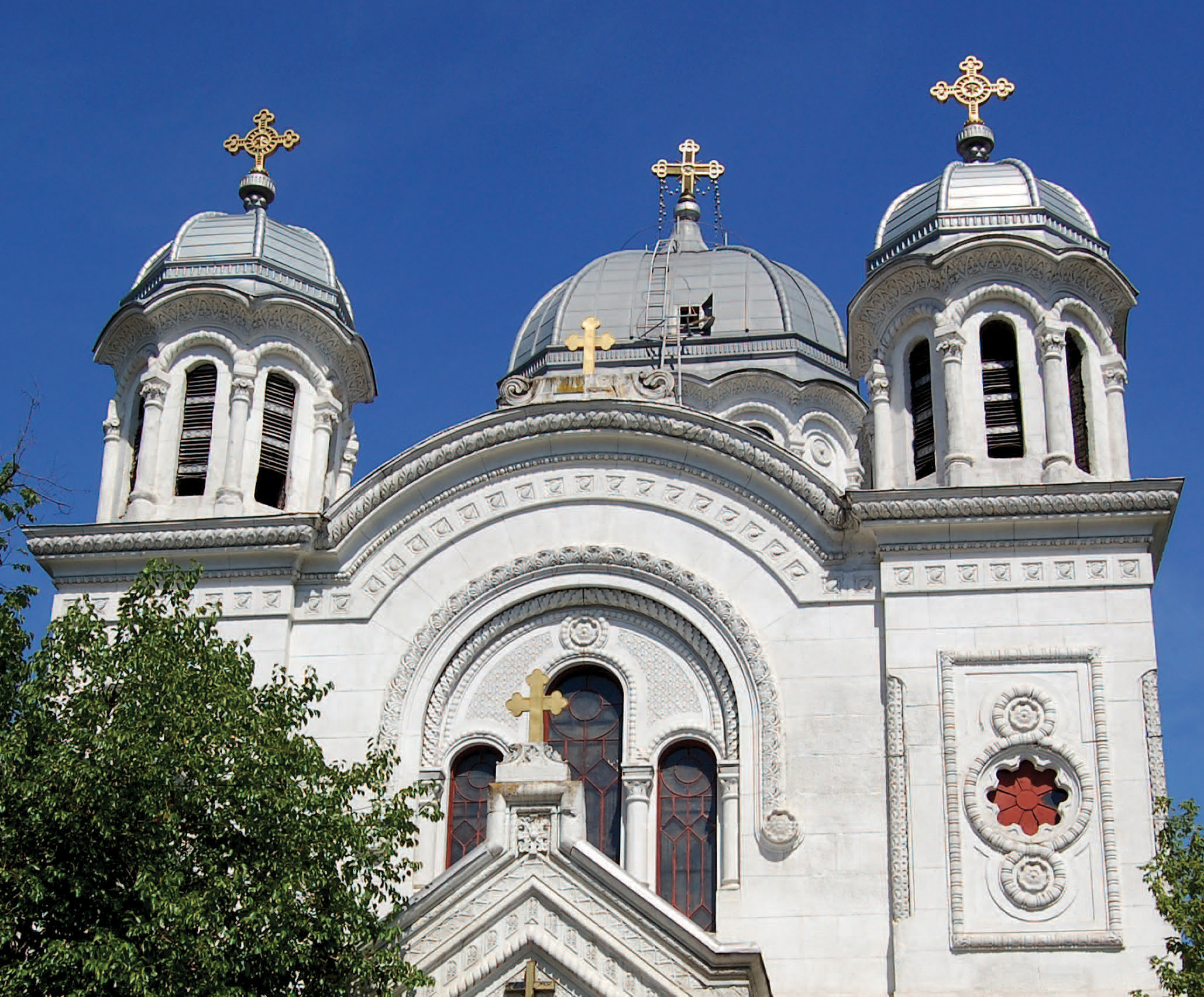 Tabla plana pentru invelitori titan zinc - Biserica Sf. Nicolae Vladica RHEINZINK - Poza 1