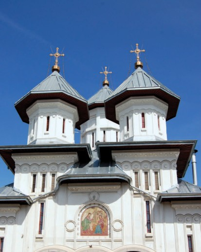 Biserica Sf. Buna Vestire RHEINZINK® Tabla plana pentru invelitori titan zinc - Biserica Sfanta Buna Vestire