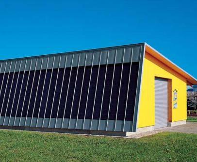 Casa cu fatada cu panouri tabla orizontale Steckfalz Stulp ondulat trapezoidal Sistem faltuit Solutii speciale Solzi