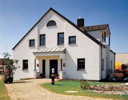 Casa cu fatada alba A+, CLASIC, FORTE Constructii rezidentiale