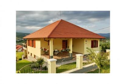 Casa YTONG cu fatada galbena A+, CLASIC, FORTE Constructii rezidentiale