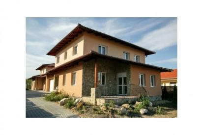 Casa YTONG cu fatada portocalie A+, CLASIC, FORTE Constructii rezidentiale
