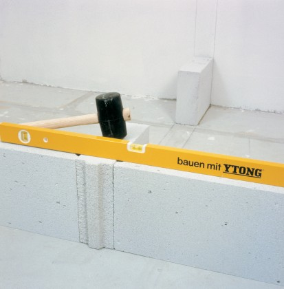 Blocuri YTONG pentru pereti despartitori, vazute de aproape CLASIC, DESIGN, FORTE, INTERIO Blocuri pentru pereti despartitori