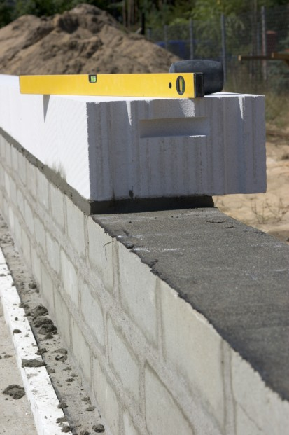 Detaliu - blocuri pentru zidarie exterioara YTONG A+, CLASIC, FORTE Blocuri pentru zidarie exterioara