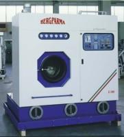 Masina de spalat chimic Masina de spalat chimic. Componentele masinii de spalat chimic: filtru aer; tambur; filtru; tanc; zona de recuperare; condensor; turn carbon; filtru nylon; distilator; separator; control uscare.
