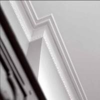 Profile decorative de interior Profile Decorative de Interior: cornise tavan - Profilele pentru imbinarea dintre tavan si perete se remarca prin  designul si calitatea exceptionale transformand incaperea ta intr-o oaza  de confort. Ancadramente si brauri pentru pereti - Profile decorative din poliuretan si polimer dur high density pentru  decorarea peretilor interiori dand viata peretilor tai. Plinte decorative - Profile  decorative din polimer dur HD pentru imbinarea dintre pereti si  pardoseli. Coloane decorative si pilastrii.