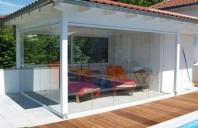Pereti de vant Peretele de vant din polymer transparent GAVIOTA SIMBAC este un sistem de inchidere verticala pentru Pergola Zen sau Mino, adaptabila pentru orice balcon, terasa sau pergola.
