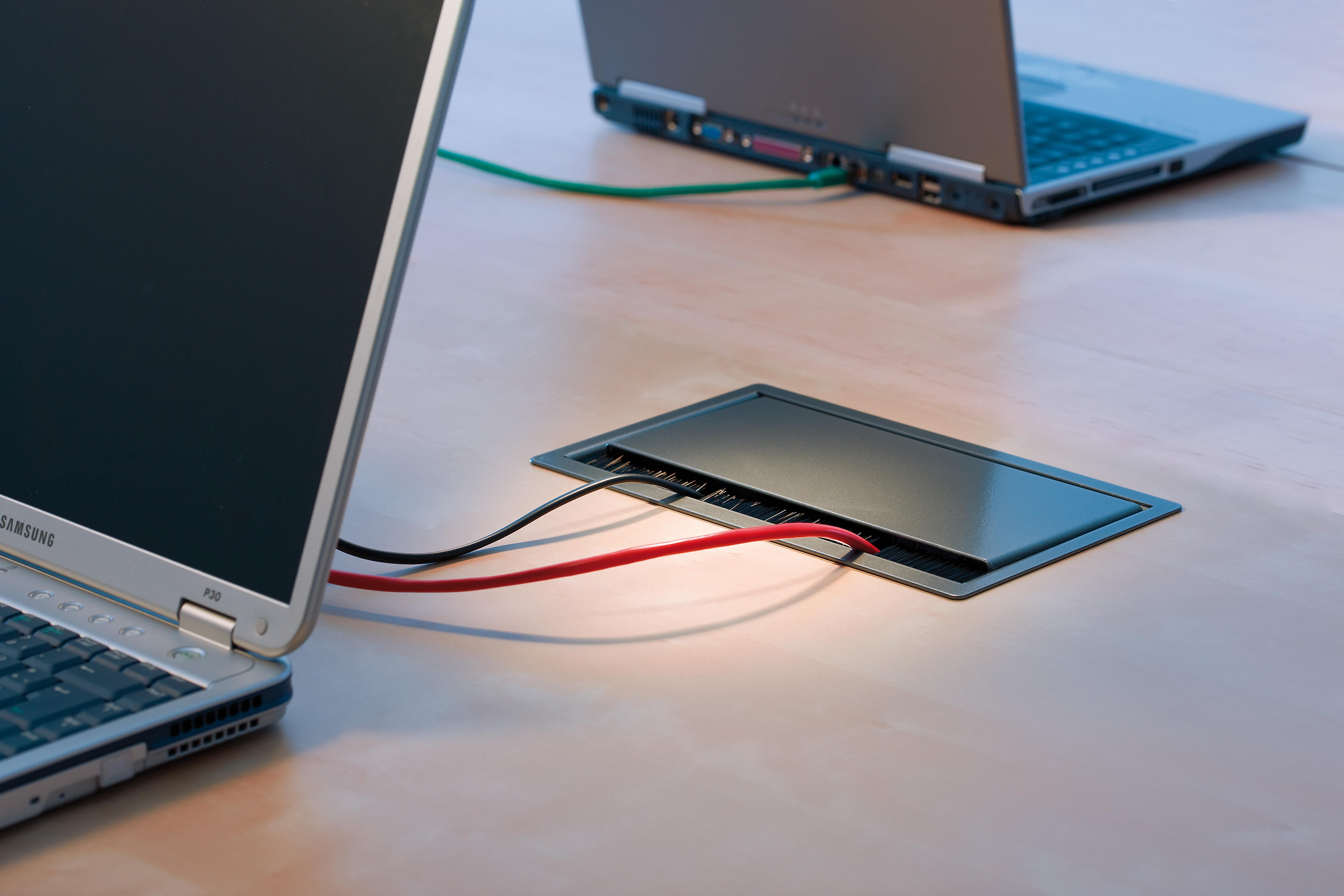 Sistem de management al cablurilor pentru birou BACHMANN - Poza 11