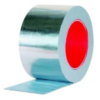 Benzi adezive pentru lipire, etansare si protectie Benzile adezive si materialele de etanseizare Gerband sunt produse in fabricile din Germania si se folosesc materii prime ce nu dauneaza mediului inconjurator, in mare parte acestea sunt pe baza de acrilat si cauciuc butilic, fara solventi, clor, metale grele, formaldehide si alte substante toxice. Sunt rezistente la caldura si frig, apa, hidroizolante si extrem de rezistente la imbatranire. Domenii de utilizare pentru benzile adezive si materialelor de etansare Gerband sunt: Acoperis, Fatada, Interior, Pivnita.