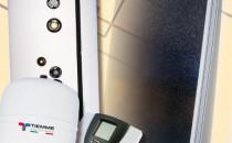 Sisteme solare KIT SOLAR PENTRU 1/2 PERSOANE - este compus din urmatoarele elemente:   - Boiler pentru producerea apei calde menajere cu o singura serpentina. 200 litri. - Colector solar plan selectiv, pentru montare universala Suprafata totala 2 m² - Set pentru montare pe acoperis inclinat pentru 1 panou art. 470 0002.KIT SOLAR PENTRU 3/4 PERSOANE - este compus din urmatoarele elemente:   - Boiler pentru producerea apei calde menajere cu o singura serpentina. 300 litri. - Colector solar