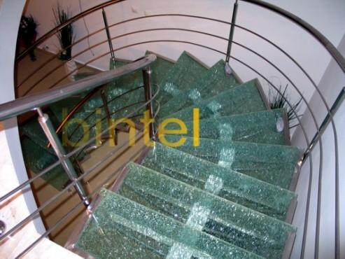 Exemple de utilizare Scari cu structura metalica BINTEL - Poza 7
