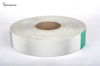 Rola banda adeziva polietilena cu film aluminizat - orizontal Banda adeziva din polietilena cu film aluminizat