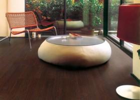 Parchet lemn masiv Varietatea de esente, cu o mare bogatie de texturi, culori si nuante exotice va ofera posibilitati infinite de design.
