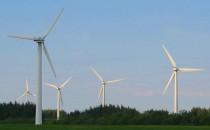 Turbine eoliene Turbinele eoliene functioneaza pe acelasi principiu ca si morile de vant din antichitate: palele unei elice aduna energia cinetica a vantului pe care o transforma in electricitate prin intermediul unui generator. Turbine cu axa orizontala (HAWT) pentru acest tip de  de turbina, rotorul si generatorul de curent sunt pozitionate in varful  turnului si trebuie aliniate pe directia vantului. Turbine cu axa verticala (VAWT) pentru acest tip de  de turbina, generatorul si toate componentele mai sofisticate sunt  plasate la baza turnului, usurand astfel instalarea si mentenanta.