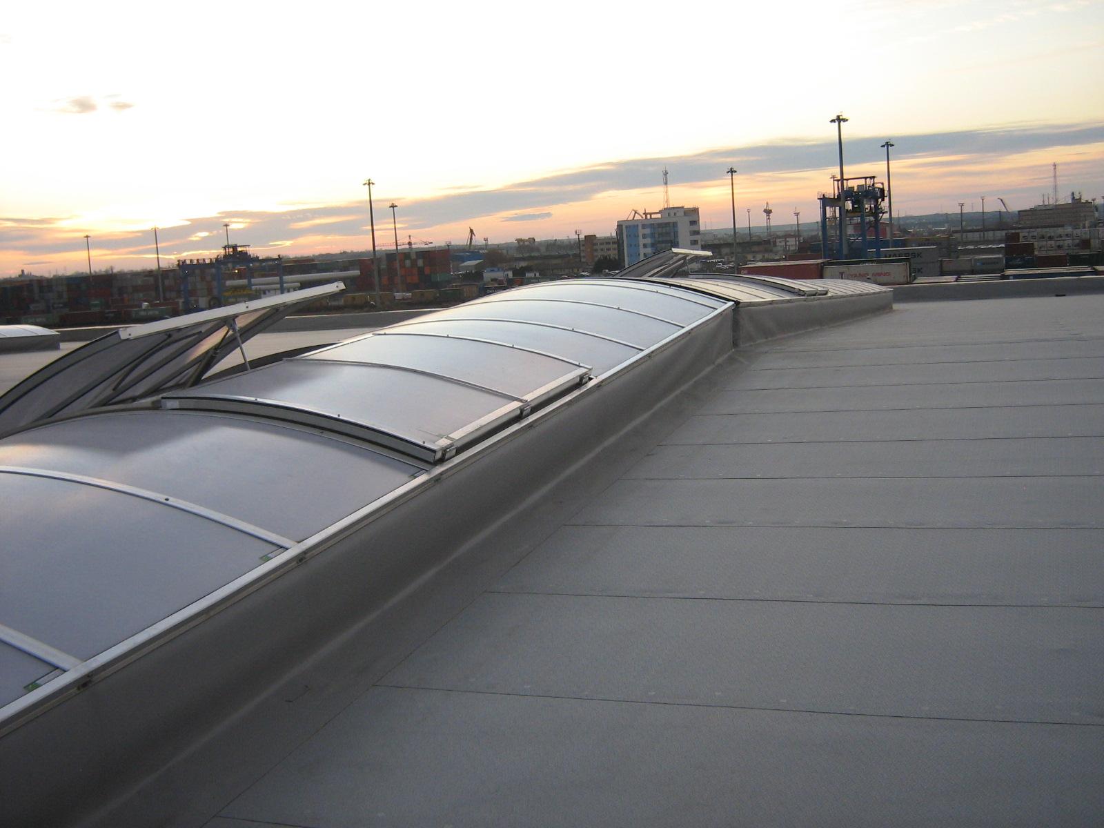 Luminatoare industriale - Depozit Kronospan - Agigea HEXADOME - Poza 1
