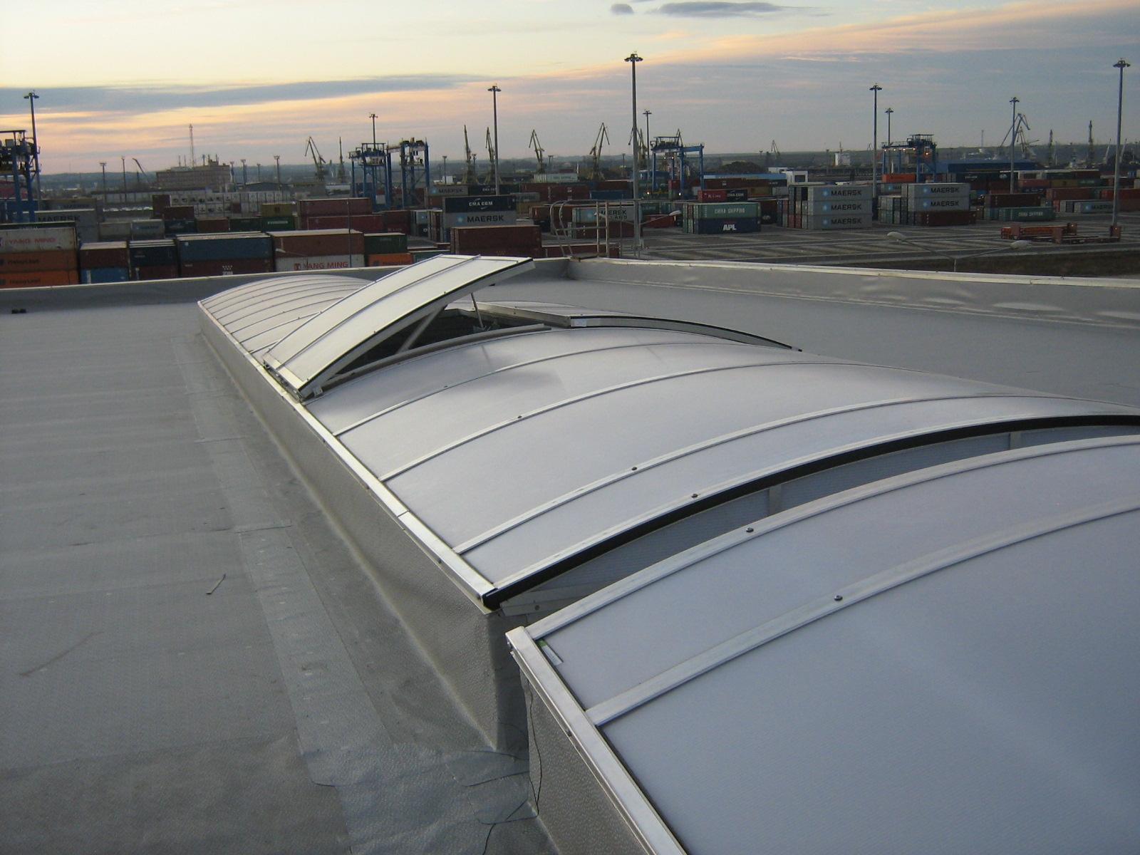 Luminatoare industriale - Depozit Kronospan - Agigea HEXADOME - Poza 2