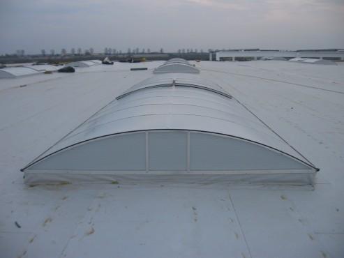 Lucrari, proiecte Luminatoare industriale - Spatiu comercial Carrefour - Focsani HEXADOME - Poza 1