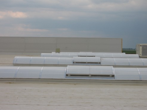 Lucrari, proiecte Luminatoare industriale - Spatiu comercial Carrefour - Focsani HEXADOME - Poza 4