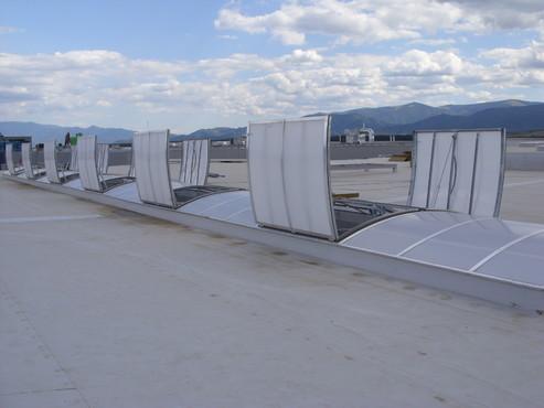 Lucrari, proiecte Luminatoare industriale - Spatiu comercial Carrefour - Sibiu HEXADOME - Poza 4