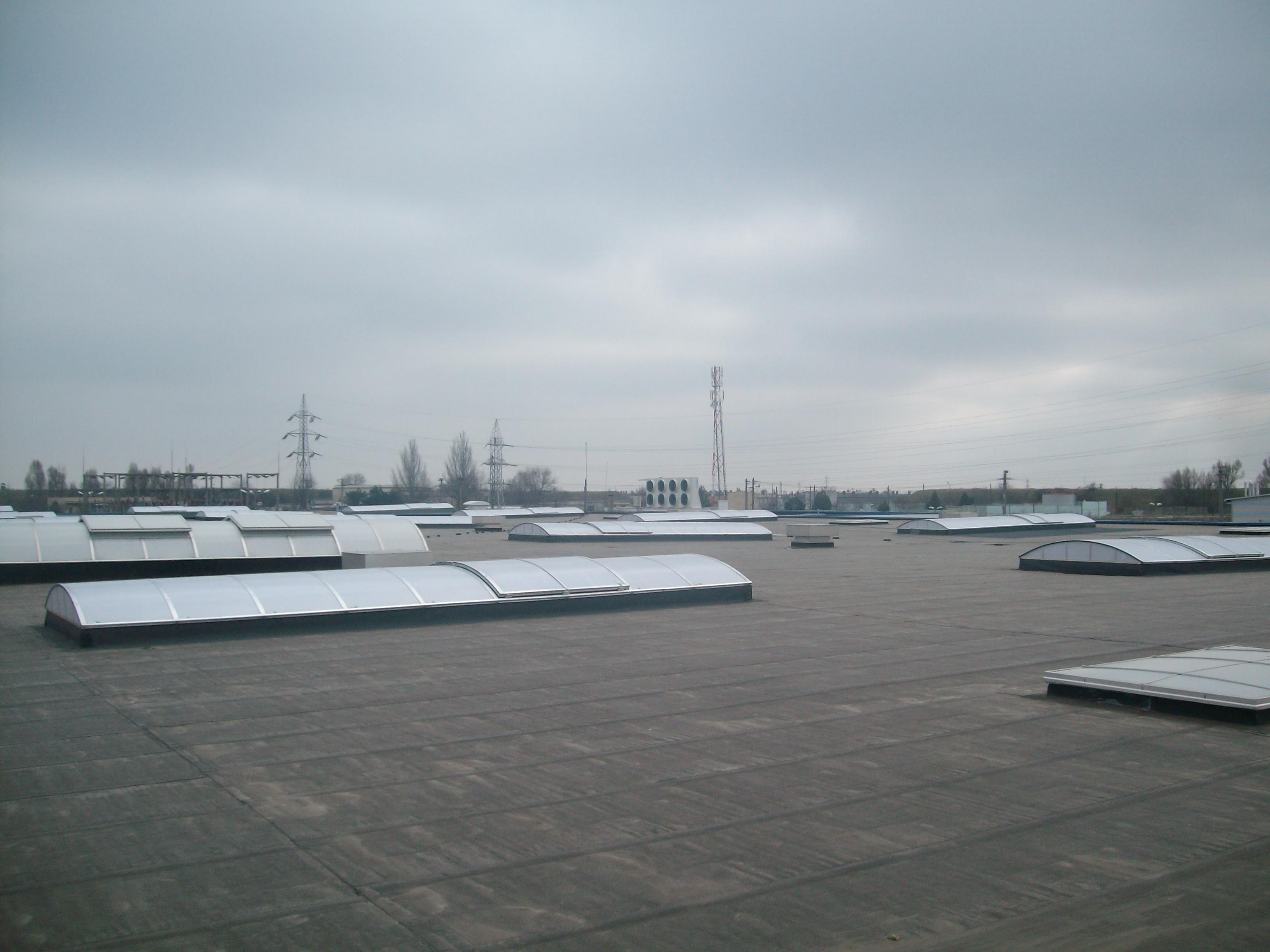 Luminatoare industriale - Spatiu comercial Praktiker - Constanta HEXADOME - Poza 2