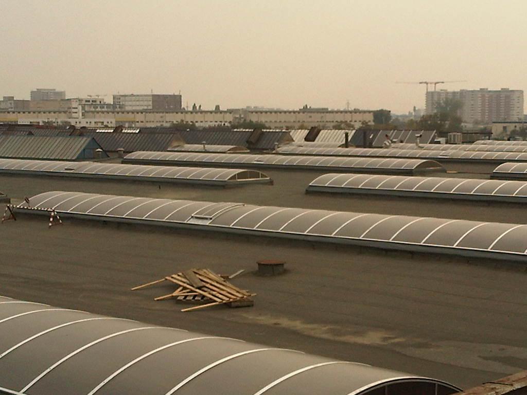 Luminatoare industriale - Spatiu de productie Assa Abloy HEXADOME - Poza 2