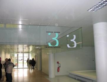 Prezentare produs Ecrane fixe din sticla pentru cantonarea fumului SOUCHIER - Poza 2