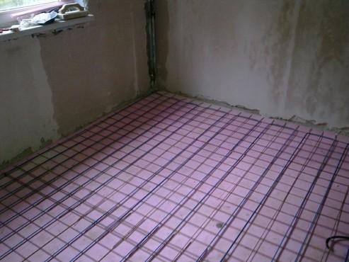 Lucrari, proiecte Incalzire in pardoseala - renovare apartament Calimanesti, jud Valcea RAYCHEM - Poza 41