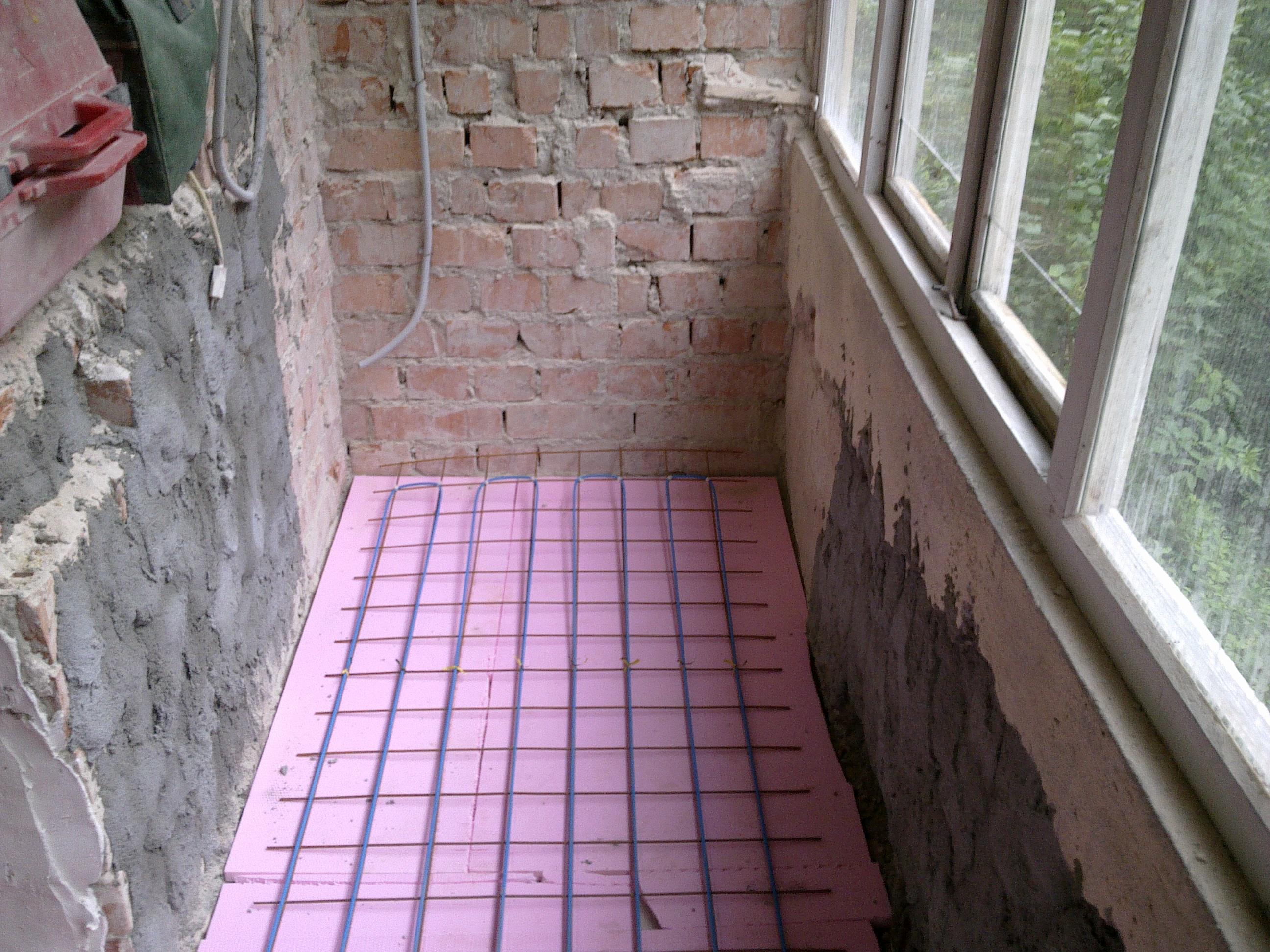 Incalzire in pardoseala - renovare apartament Calimanesti, jud Valcea RAYCHEM - Poza 44