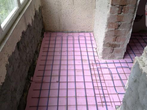 Lucrari, proiecte Incalzire in pardoseala - renovare apartament Calimanesti, jud Valcea RAYCHEM - Poza 13