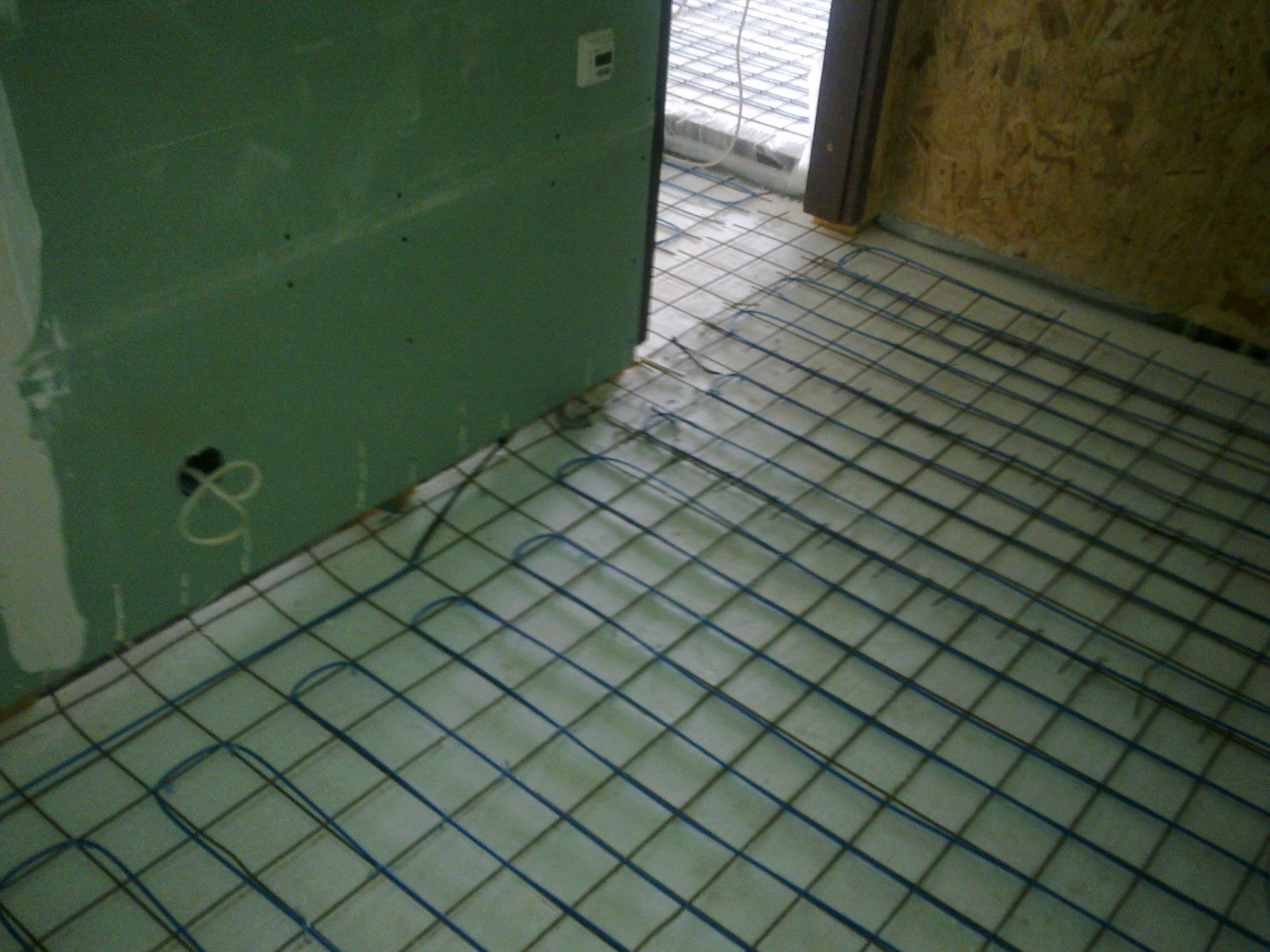 Incalzire in pardoseala casa vacanta lemn - Gostilele, jud Calarasi RAYCHEM - Poza 66