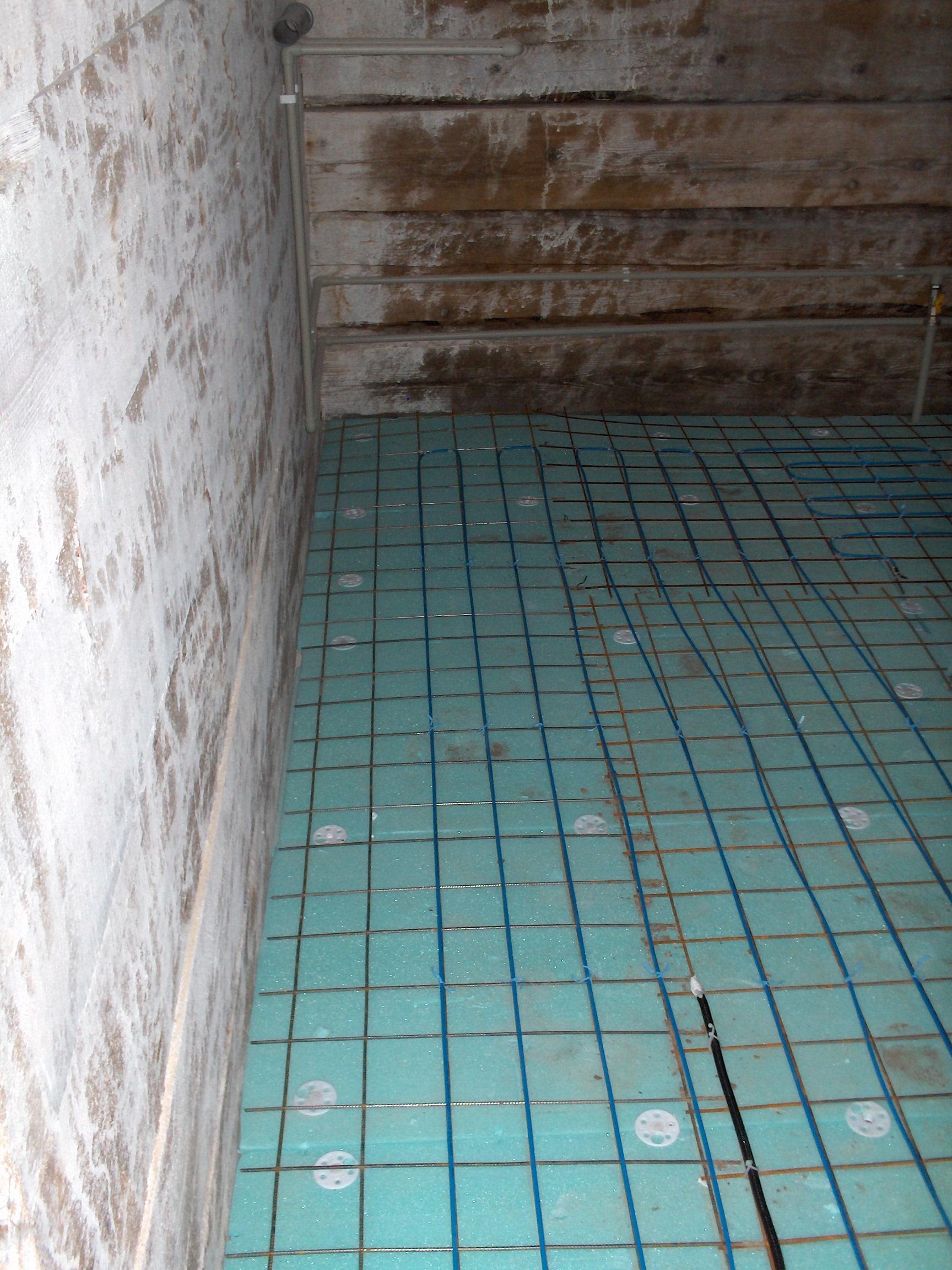 Incalzire in pardoseala resedinta particulara Stoinisteanu - Giurgiu - Casa lemn RAYCHEM - Poza 20