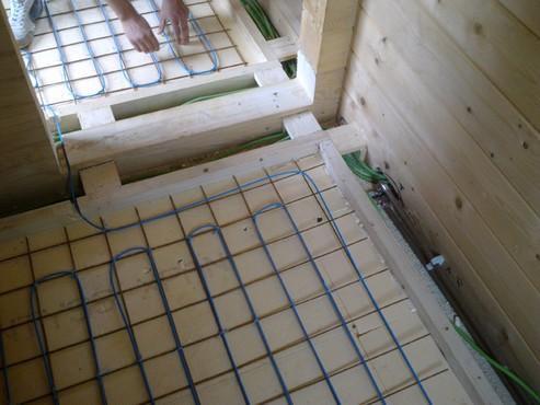 Lucrari, proiecte Incalzire in pardoseala Viperesti - judet Buzau casa lemn RAYCHEM - Poza 263