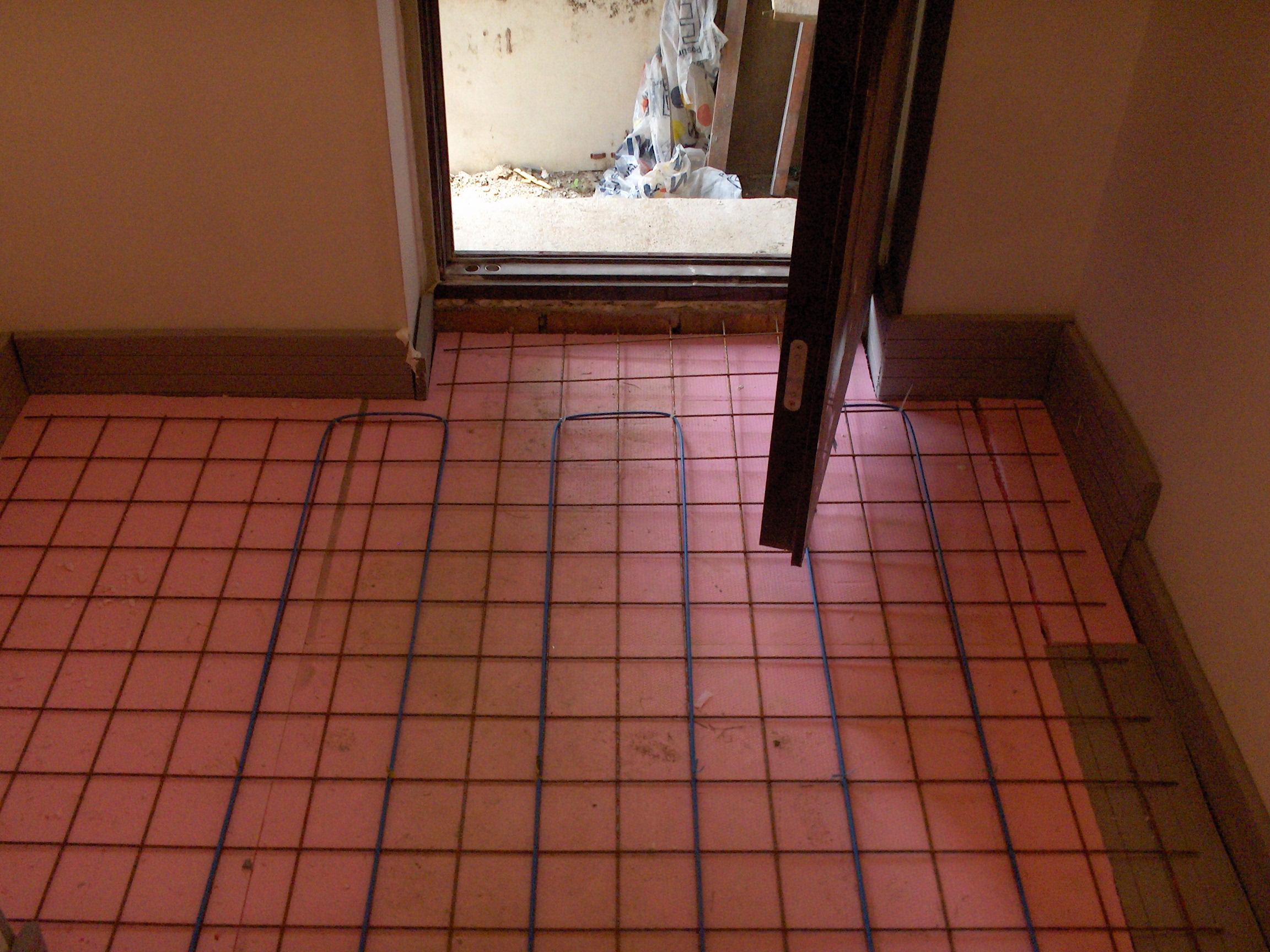 Incalzire prin pardoseala resedinta Lipia - Snagov RAYCHEM - Poza 447