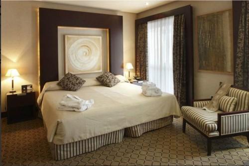 Materiale textile pentru perdele, draperii, tapiterii - domeniul hotelier  VESCOM - Poza 2