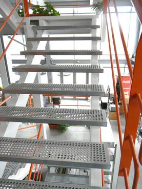 Exemple de utilizare Trepte din tabla zincata PROINVEST - Poza 3