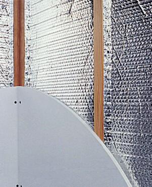 Folie termoizolanta utlilizare - Pereti de interior pe structura din lemn REFLECTIX - Poza 1