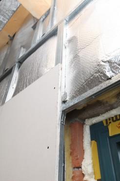 Folie termoizolanta utlilizare - Pereti de interior din zidarie REFLECTIX - Poza 1