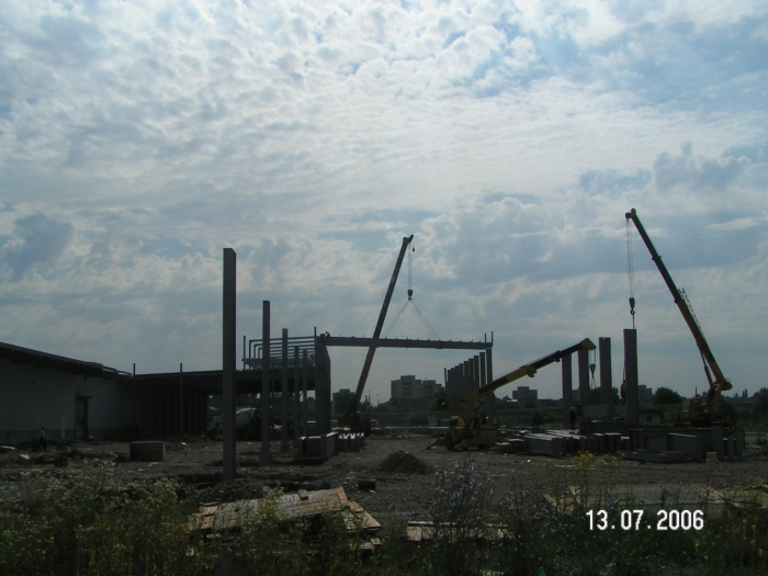 Hale metalice - Coca-Cola - depozit Ploiesti 2006 Ghemark Steel - Poza 5