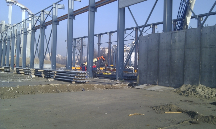 Hale metalice - Max Boegl - relocat hala 2010 Ghemark Steel - Poza 4