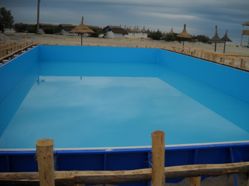 Faze de montaj piscine rezidentiale din panouri modulare de otel galvanizat ASTRAL POOL - Poza 1