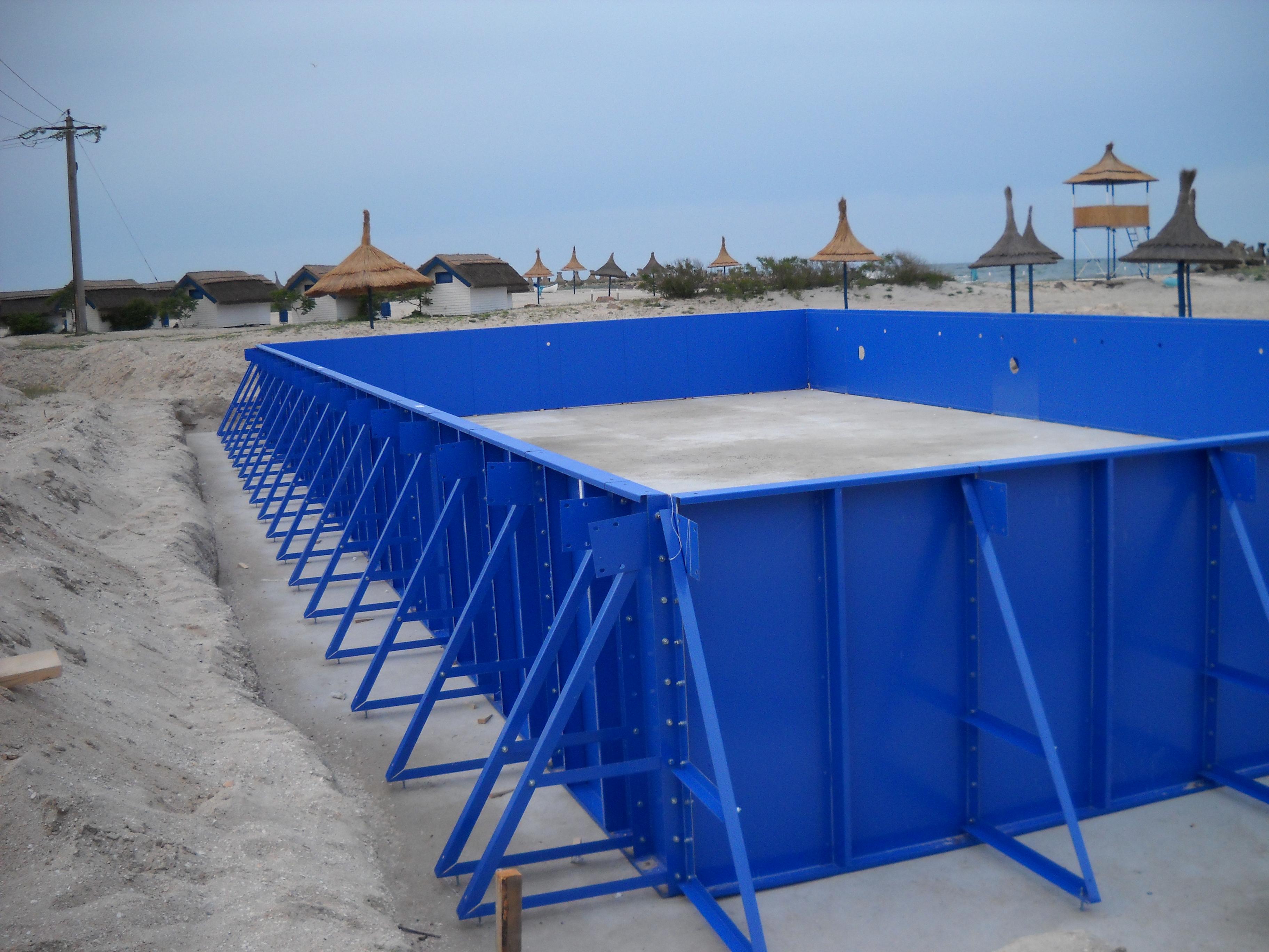 Faze de montaj piscine rezidentiale din panouri modulare de otel galvanizat ASTRAL POOL - Poza 4