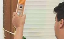 Spume poliuretanice Spumele poliuretanice Ceresit prezinta o serie de caracteristici importante pentru protectia constructiilor.  Caracteristicile spumelor poliuretanice Ceresit sunt: aderenta deosebita pe majoritatea tipurilor de materiale, izolare termica si acustica ridicata, rezistenta la umiditate si imbatranire, dozare precisa, capacitate mare de umplere, pierderi minime datorita dozajului foarte fin, usor de folosit si aplicat.