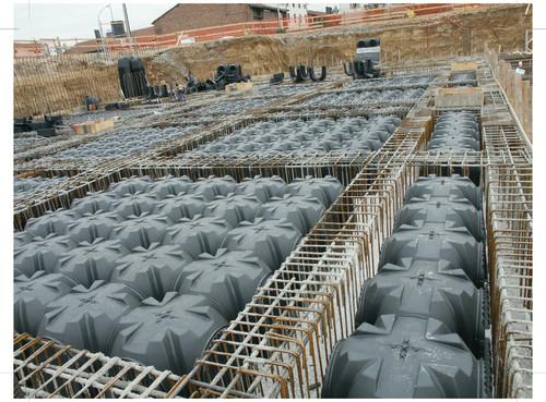 Executie, montaj Cofraje pierdute pentru realizarea pardoselilor ventilate monolit GEOPLAST - Poza 12